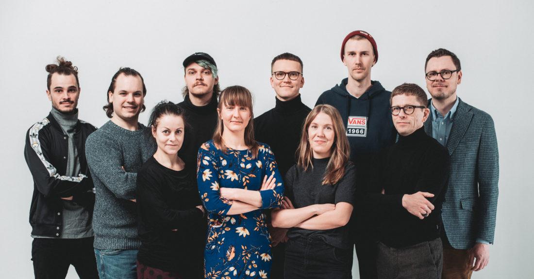 Aurinkobaletin työntekijöiden ryhmäkuva